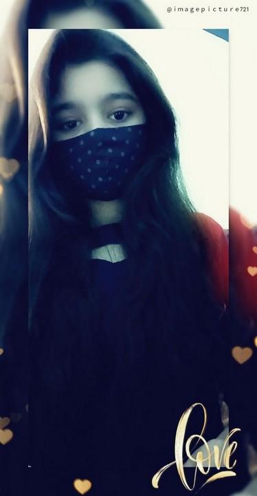 girls hide face dp