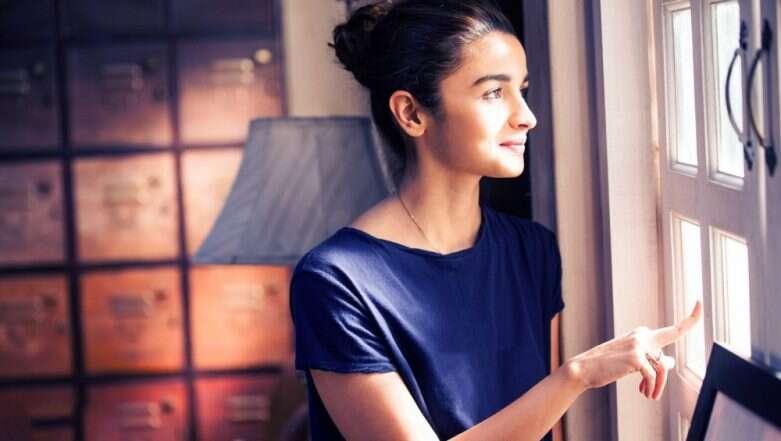 alia bhatt profile pictures