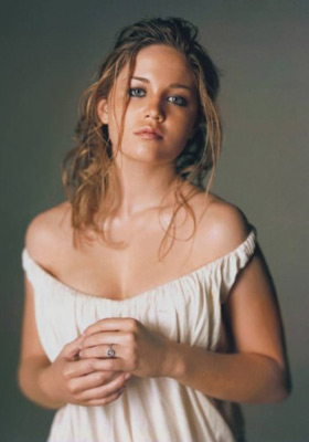 Erika Christensen profile pictures