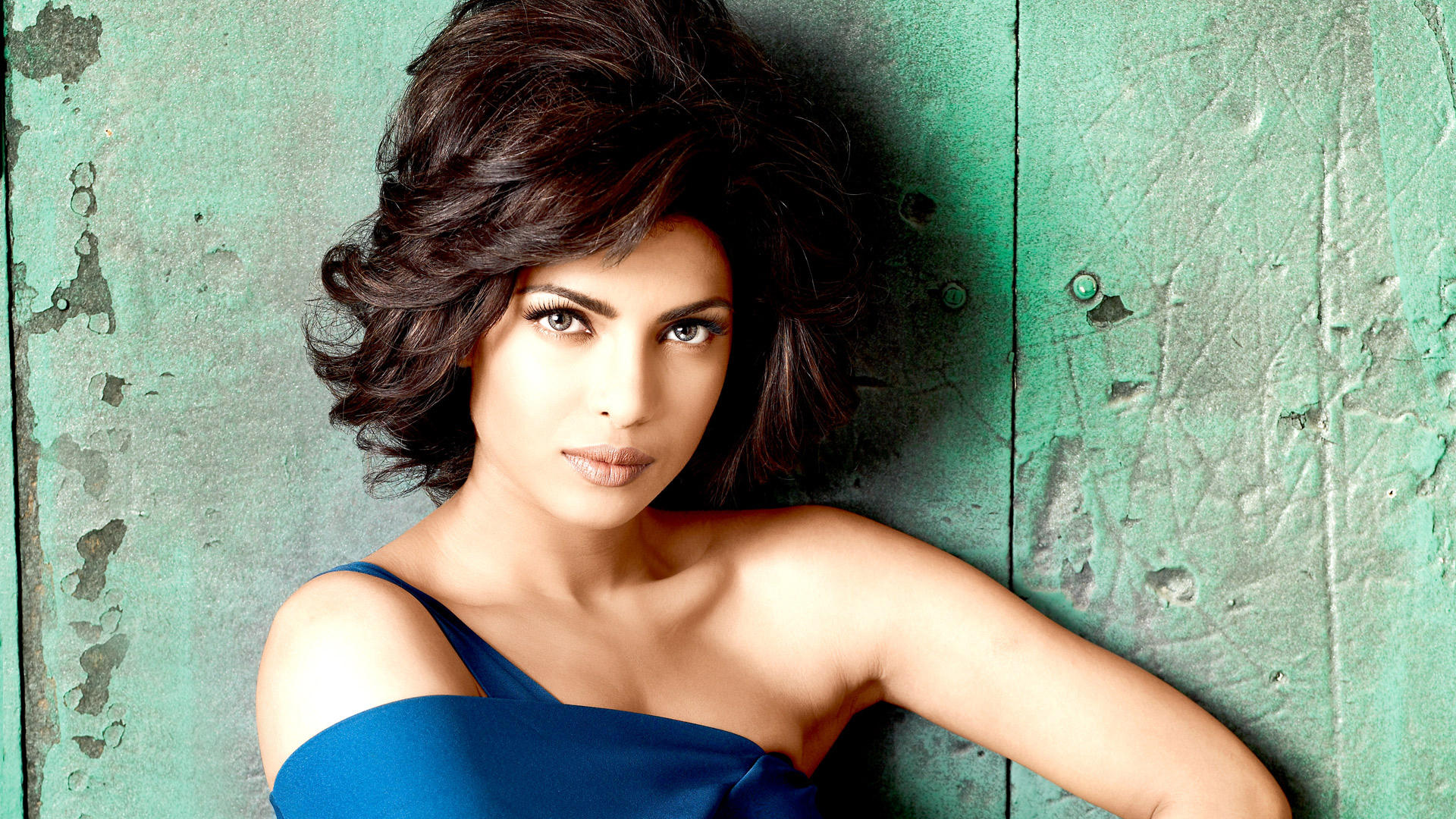 Priyanka Chopra profile pictures