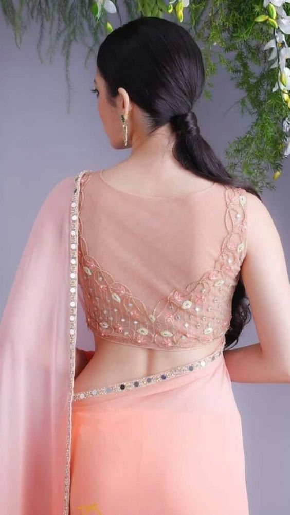 hot backless saree photos