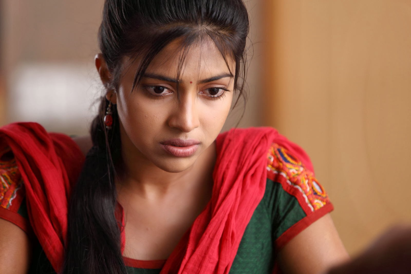 amala paul crying dp