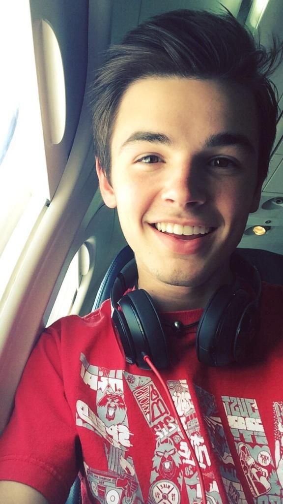 cute boys profile pictures