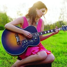 Girl with Guitar profile pictures