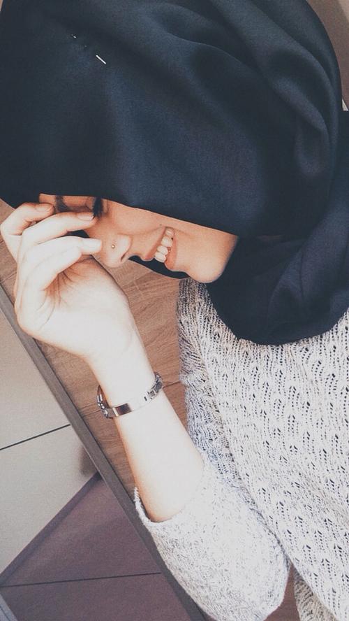 Foto Mirror Selfie Hijab