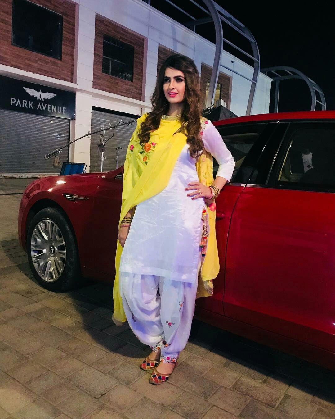 beautiful punjabi girls