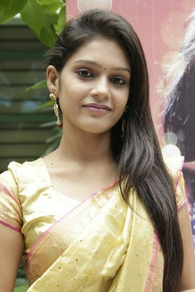 Tamil Girls profile pictures